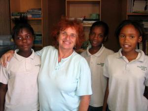 Weaving students at the Okavango International School
